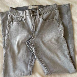 Gap skinny jeans light gray - size 26